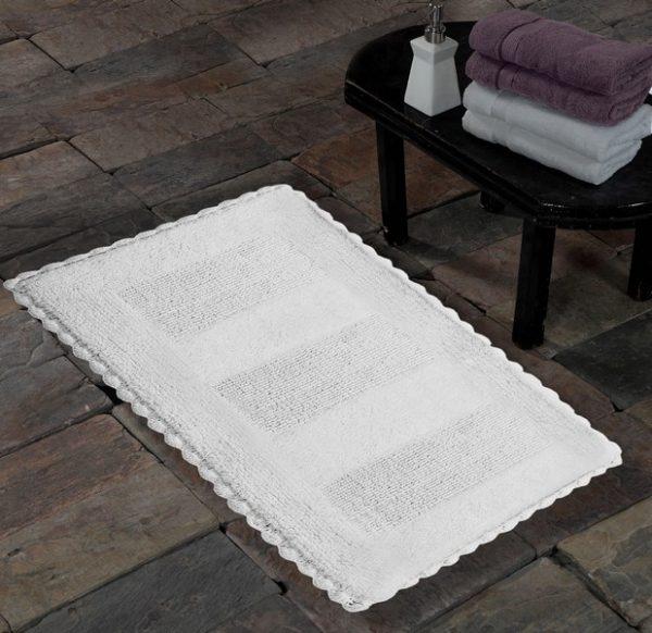 Saffron Fabs Cotton Bath Rug, 36x24 Inch, Reversible, Crochet Lace Border, White, Washable