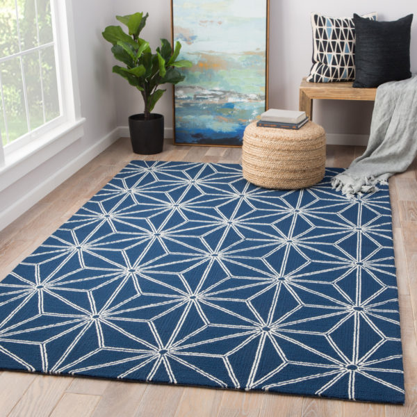 Jaipur Living Haige Indoor/ Outdoor Geometric Navy/ White Area Rug (2'X3')
