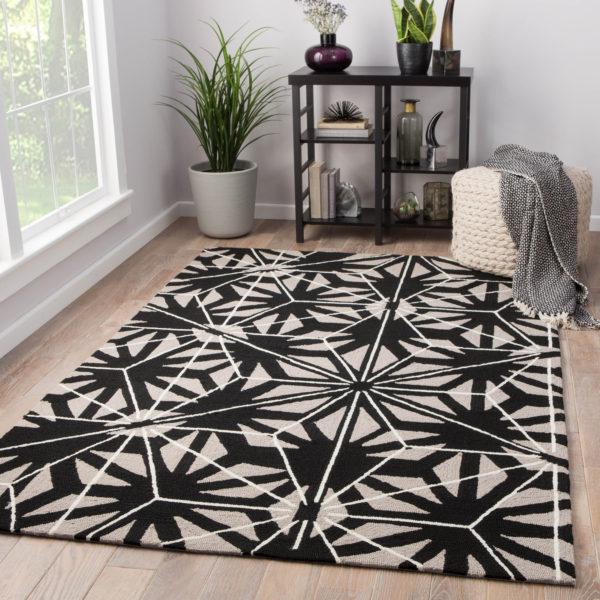 Jaipur Living Haige Indoor/ Outdoor Geometric Black/ Gray Area Rug (2'X3')