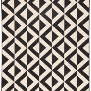 "Jaipur Living Marquise Indoor/ Outdoor Geometric Black/ Cream Area Rug (2'X3'7"")"