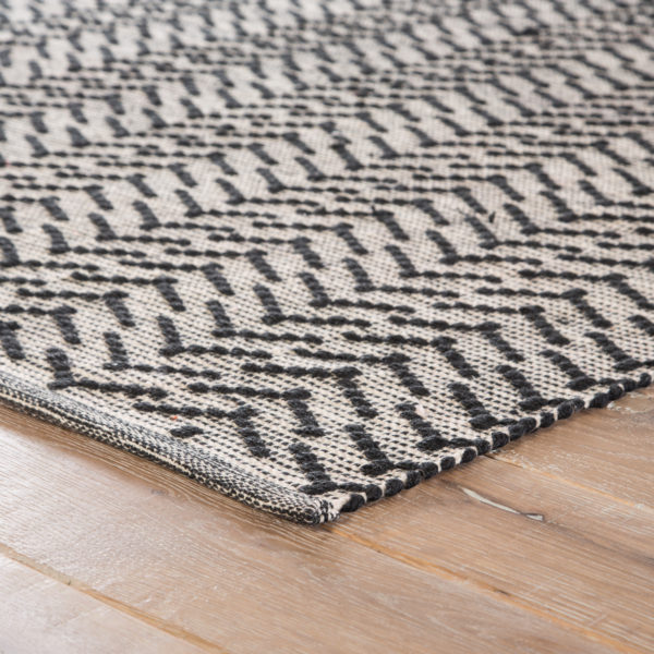 Jaipur Living Percey Indoor/ Outdoor Geometric Black/ Cream Area Rug (2'X3')